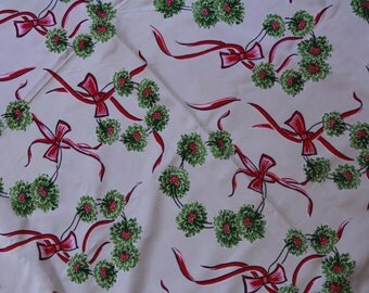 Beautiful Vintage Asian Silk Fabric Green Wreath Bows