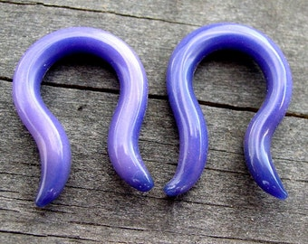2g Horseshoes gauged glass ear plugs earrings