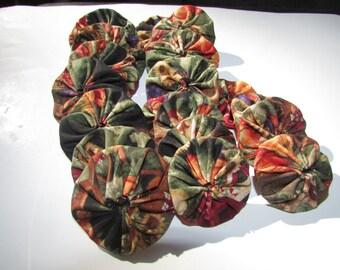 20 Yo Yos -  Multi colors on black -  for crafting