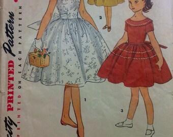 Vintage Simplicity Pattern 4724 Size 14 Girls One Piece Dress