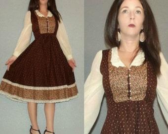 819 Mod XS S Vtg 70s Brown Calico Lace Bib Boho Hippie Prairie Wedding Mini Dress