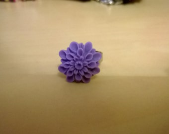 Adjustable purple rose ring