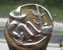Vintage Authentic Mexico Southwestern Brooch Mexico Scene with Cactus Womens Ladies Mens