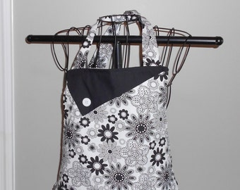 Black and White Flowers Apron