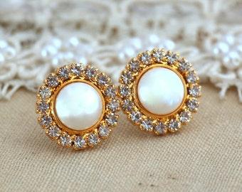 Pearl Earrings,Pearl Stud Earrings,Swarovski Crystal Earrings,Bridesmaids Earrings,Bridal Pearl Earrings,gift for her,Christmas Gift