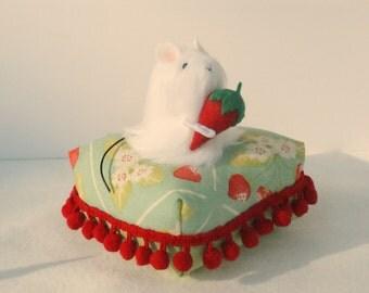 Mouse Pincushion Novelty Pincushion Strawberry kawaii Pincushion Fun Fur