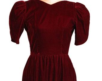 1980s Lanz Original Crimson Red Velvet Dress Size L