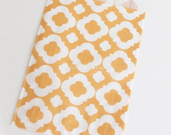 Fall Favor Bags, Vintage Style Wedding Favors, Peach , 20 Candy Buffet Bags, Quatrefoil Baby Shower, Favors, Kids Party, Popcorn Bag