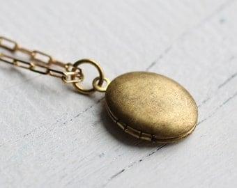 Simple Vintage Locket ... Tiny Oval Brass Locket