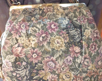 1940s Tapestry Bag in Very Good Shape