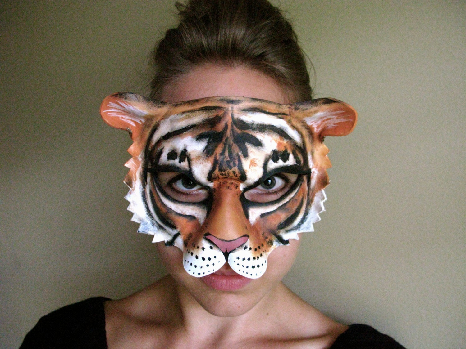 zoom - Tiger For Halloween