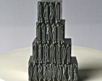 Beautiful Monogram Letterpress Type for Printing Stamping and Clay Stamping