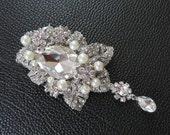 Bridal Brooch,Crystal Bridal Brooch, Rhinestone broach, Leaves Broach, Statement Jewelry, Pearl Brooch, Weddings, Silver, Rinestone