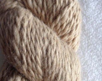 Beige alpaca merino yarn worsted weight from Arvada, CO