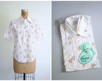 vintage 1970s novelty print blouse - neon pink floral / Windows & Flowers - wide pointy collar / Sweet Kawaii - new old stock