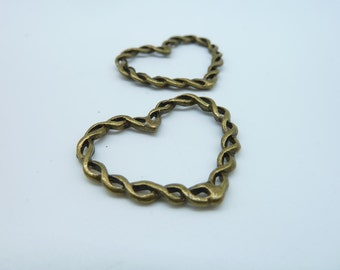 10pcs 28x34mm Antique Bronze Filigree Heart Charm Pendant c1842