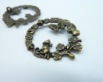 10pcs 30mm Antique Bronze cat On The Flower Branch Charms Pendant C2172