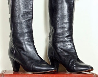 Black Leather Boots - sz 39 - Russell and Bromley