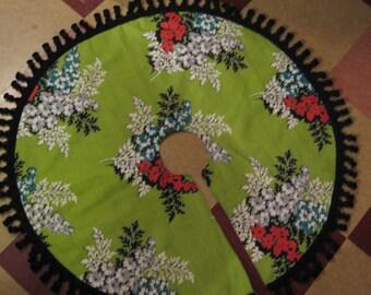 "Christmas Tree Skirt:Mid Century Lime Green Barkcloth 35"" Round"