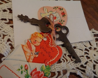 ROMANTIC True Vintage Chocolate Patinaed Keys, Tokens of Love, One for You & Lover,  S.W. A.K Vintage Seal and Tag Vtg Stamped Mini Envelope