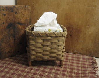 Antique Clothespin Handwoven Basket Primitive Style, Primitive Laundry Room, Snippet Basket for Rug Hooking, Facial Tissue Basket, Upcycled