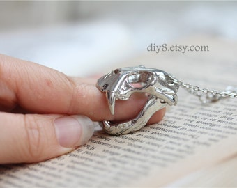 Funny  Jewelry   Vintage Style Antiqued  Silver  chain   ,The activities of animal skulls   pendant,  animal  Necklace N33-01