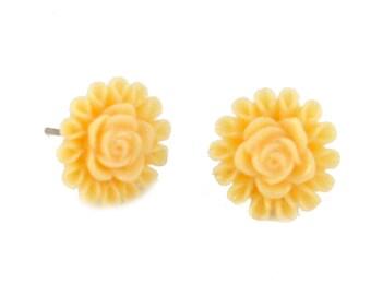 Small Cream Flower Post Earrings