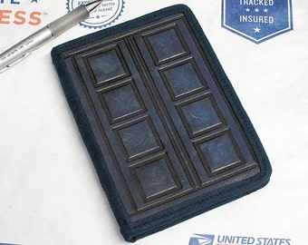 Kindle Leather Cover - Doctor Who Tardis