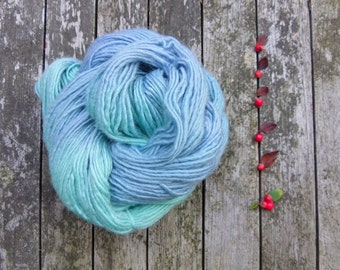 Sale, Hand Dyed Yarn, British Roving DK Yarn, Bluefaced Leicester DK, Yorkshire Rose Roving DK, 100g, Blue