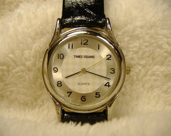 Vintage 1980s Times Square Quartz Watch