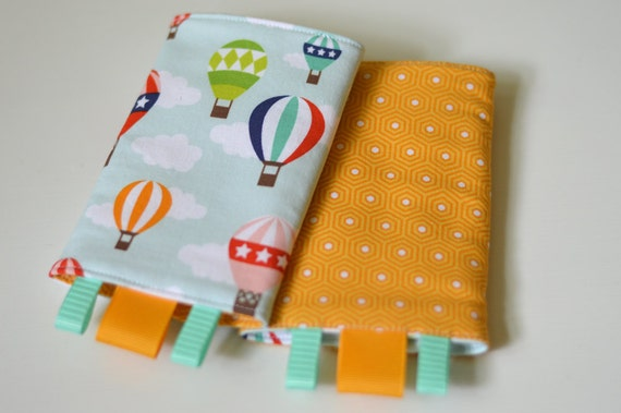 Tula Drool Pads, Reversible, Float Away/Yellow Hexagons