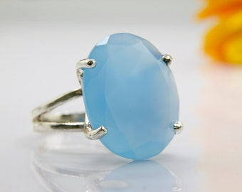 large gemstone ring,silver statement ring,Chalcedony ring,blue ring,cocktail ring,white gold ring,bridal ring