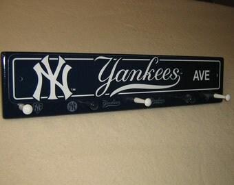 "New York Yankee coat rack "" hangup ""(blue) (convo me your favorite team)"
