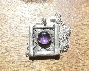 Woven pendant with Amethyst