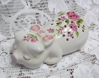 Avon Ceramarte Potpourri Ceramic Sleeping Pig Piglet Made in Brazil 1978
