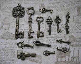 Bronze Key Charm Collection - C1626