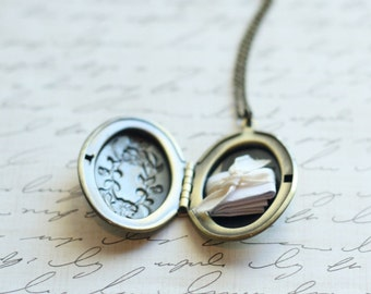 Locket Necklace, Personalized Locket, Photo Locket, Bridesmaid Locket, Bridesmaid Jewelry, Secret Note, Bridal Locket, Remembrance Locket
