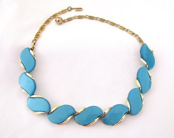 Vintage Lisner Choker Necklace Blue Thermoset 16 inch
