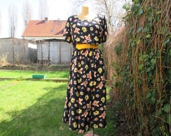 Lovely Long Dress Vintage / Viscose / EUR44 / UK16 / Elastic Waist