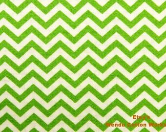 Green and White Zig Zag Stripe - Joann - Quilt Cotton Fabric - Fat Quarter