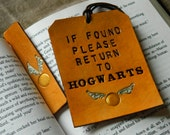Leather Luggage Tag & Bookmark set - Harry Potter Gift Set - Please Return to Hogwarts - Golden Snitch Detail - J K Rowling - HP Book Mark