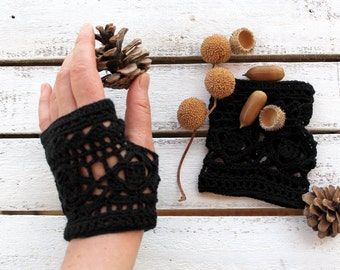 Black  Lace Glove - Hand Crochet fingerless gloves -Crochet wrist warmer fingerless gloves - Lace fingerless gloves - Romantic