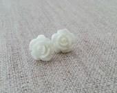 SALE White Flower Earrings. Floral Earrings. Sterling Silver. Post Stud Earrings. Rose Flower. Small Earrings. Romantic Earrings.