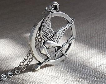 Silver Bird Arrow Pendant.  Arrow Necklace. Silver Bird Arrow. Bird Necklace