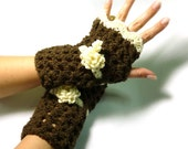 Brown Cream  Fingerless Mittens,Flowers Mittens, Crochet Mittens, brown crochet mittens, winter trends, Gift ,For Her - RadeckaArt