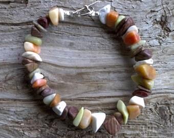 Misc stone chips beaded bracelet 8 1/2 inch