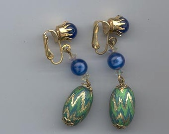 Lovely vintage Hobe-like earrings