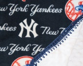 """MLB New York Yankees Baseball Fleece and white Minky 30"""" x 36"""" Blanket"""