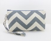 Dark Gray Chevron Wristlet Purse Clutch Bag Padded Zipper Pouch