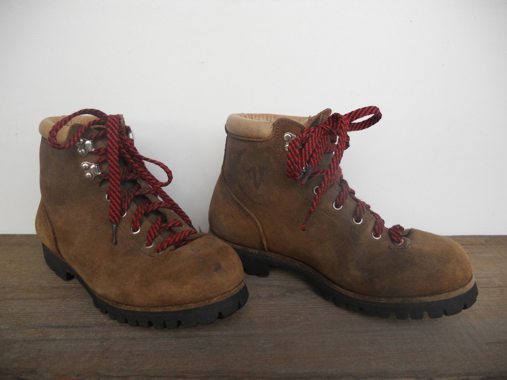 vintage vasque hiking boots italian mountaineering boots